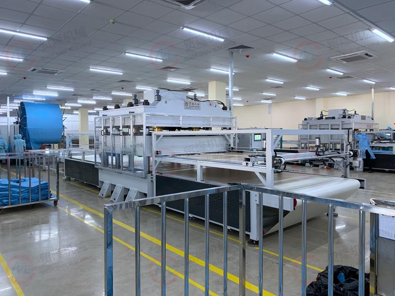 贸隆机械 全自动防疫服护士服生产线