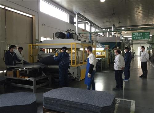 北京贸隆机械 全自动毛毡冲压成型裁断机