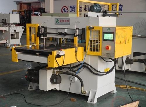 天津贸隆机械  商标模切机