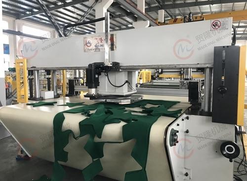 贸隆机械 皮带式CAD排版锅垫裁切机
