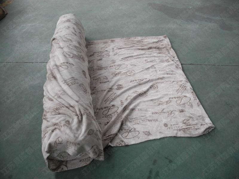 地毯裁切,裁断机,裁断机价格,边角剪切成型,自动裁切,下料机